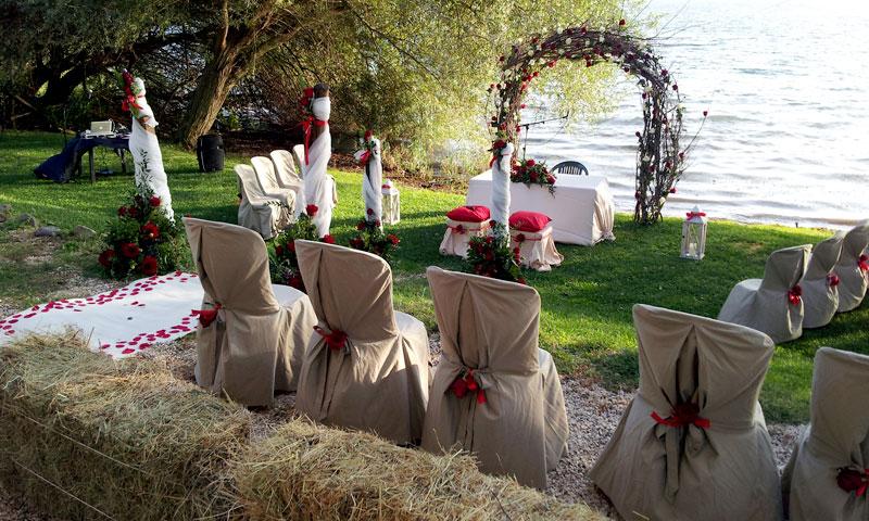 cerimonia matrimonio spiaggia lago balle fieno