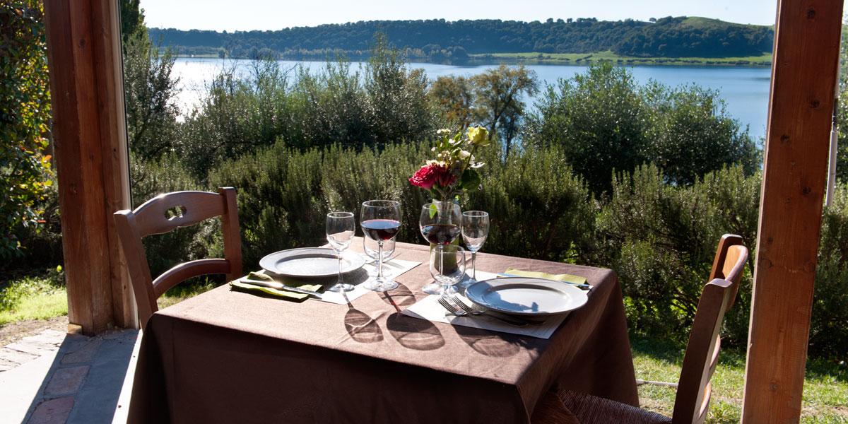ristorante banchetto vista lago panoramico roma lazio